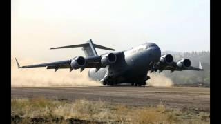 C-17 Globemaster in Action , One of tha Largest Transport Aircraft