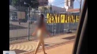 Mulher é flagrada andando nua no centro de Campo Grande