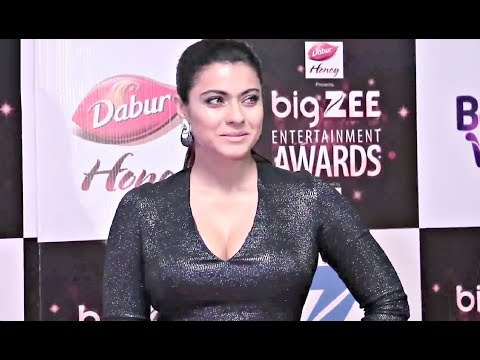 Xxx Mp4 Kajol HOT Dress At BIG Zee Entertainment Awards 2017 3gp Sex