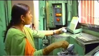 Mumtaz Kazi, the first woman diesel engine driver in Asia