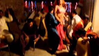 Gujranwala Wedding Dance (8).MPG