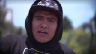 ACZINO - Capítulo 1: La Gallera Colombia, Huevos de Oro