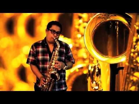Cintakan Membawamu Kembali Saxophone Cover Relly Daniel Assa Youtube Mp4