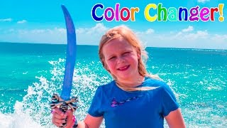 ASSISTANT Color ChangingFunny  Surprise Treasure Hunt Jewelery and Swords