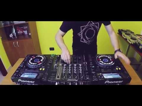CRISTIAN MARCHI - DJLOI Tribute Mix #8 (from Pioneer dj)