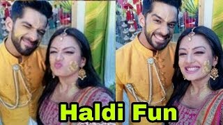 Finally! Shaurya and Mehak poses together offscreen|Much awaited pics from the sets