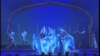 Dubai Veils & Skirt Dancer