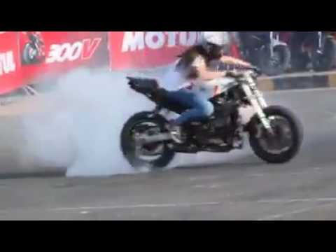 Best girl biker does bigbike stunts
