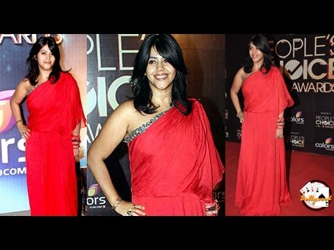 Ekta Kapoor Blouse-less Saree VERY HOT!!