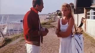 Pauline a la plage Amanda Langlet