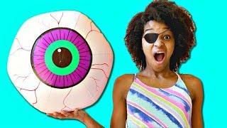 Bad Baby Shasha EYEBALL POPS OUT! - Shiloh and Shasha - Onyx Kids