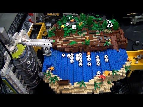 World s longest LEGO great ball contraption Rube Goldberg – Brickworld Chicago 2015