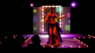 Alia Mohamed - Vintage Style Belly Dance - Guitar El Chark by Omar Khorshid