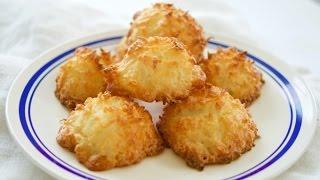 3 Ingredient Coconut Macaroons
