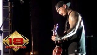 Superman Is Dead (SID)  - Lady Rose  (Live Konser Yogyakarta 6 September 2014)