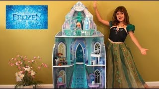 Princess Story: Little Anna and Elsa Play with Hatchimals CollEGGtibles: Disney Frozen Elsa Castle