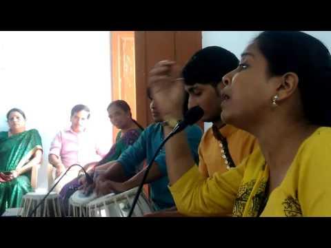 Xxx Mp4 नई झुलनी के छैया बलम दुपहरिया बिताईला हो Nai Jhulni Ke Chhaiya Balam Dupahariya Bitaila Ho 3gp Sex