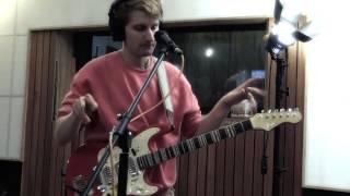 Glass Animals - 'Life Itself' (Live at Music Feeds Studio)