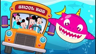Wheels On The Bus with Mickey Mouse & Minnie Mouse! Finger Family Song Nursery Rhymes