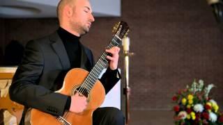 Emanuele Buono Guitar Recital: Fantasia No. 33 [Naxos 8.573362]