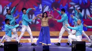 Manjiima Mohan navel show for the first time