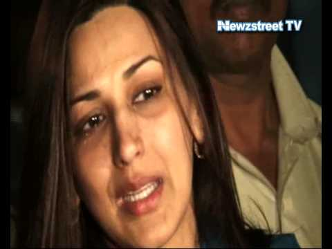 Sonali Bendre's brother dies in a road accident