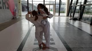 Judo mae kuzushi