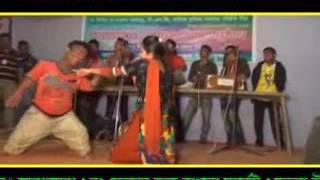 মুন্নির ফাটাফাটি গান এবং নাচ - Latest Bangla Chittagong Program Song by Munni