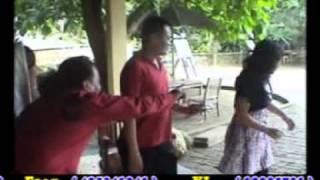 Pamola-Mola (Dangdut Batak)