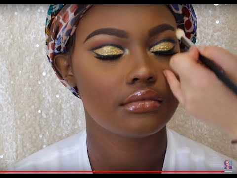 How I do Makeup on Clients | Gold Glitter Cut Crease | WOC Prom 2k18 makeup