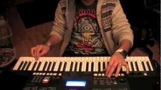 hum aapke hain kaun-title song on keyboard