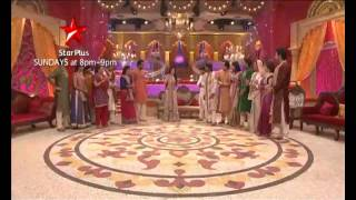 STAR Parivaar members sing, dance and celebrate together
