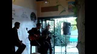 Ella Me Quiere - Plaza Sur.wmv