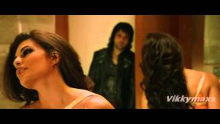 Must Watch | Jacqueline Fernandez Hot Kiss & Love Making Scene 720p & 1080p HD