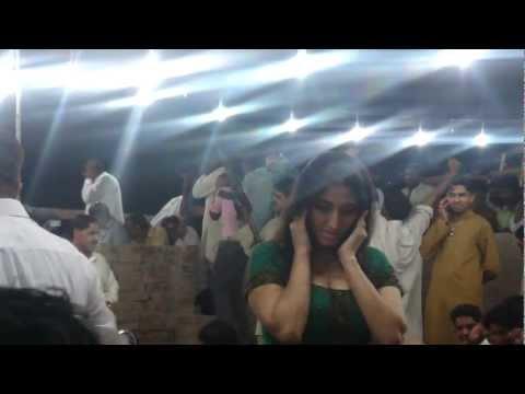 firing in pakistan on party 4
