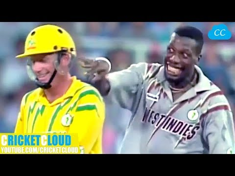Curtly Ambrose s SLOWEST BALL EVER to Ian Healy Followed by Funniest Reaction Ever