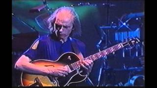 Yes- Open Your Eyes At Budapest (1998) Part 11- Long Distance Runaround