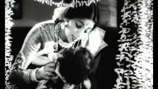 Karpagam - Athaimadi Methaiyadi song