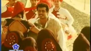 Enna Solla Pogiraii - Kandukondain Kandukondain (HD) Tamilca.com