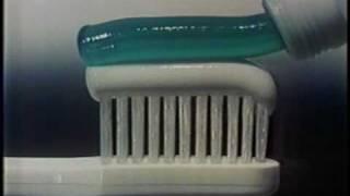 Aquafresh toothpaste commercial 1980