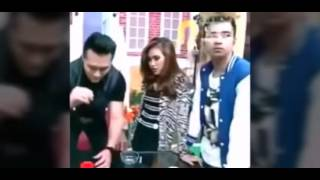 WEALAH! Rekaman Video Raffi Senggolin Anu ke Tangan Ayu Ting-Ting dan Foto Jessica Sentuh Itunya RA