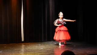 Róża Odyniec (lat 8) - występ baletowy - Dom Kultury Włochy [12.06.2016]