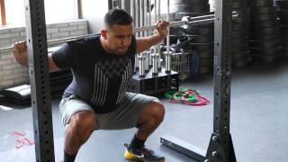 الطريقة الصحيحة لأداء تمرين السكوات Squat
