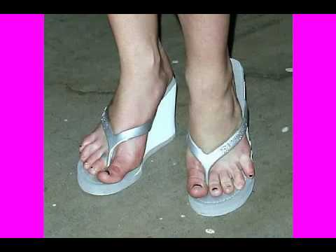 Britney Spears Feet Bare Soles Toes and Legs