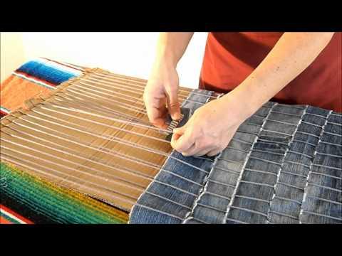 DIY How to make a carpet recycling old jeans Manualidades Alfombra reciclada de vaqueros viejos