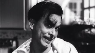 Johnny Walker scared to dine with father - Chaudvin Ka Chand Comedy Scene 7/10