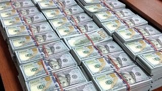 A Ton of Cash ($123 MILLIONS) Confiscated at Home of Russian Anti-Corruption Senior Official
