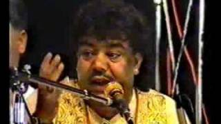 Sabri Brothers- Aay Hain Woh Mazar Pe Part3