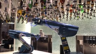 Bionic Bar! Robotic Bartenders Mix Drinks on Quantum of the Seas - Royal Caribbean