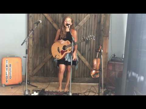 """""""Gangsta's Paradise"""" - Coolio (live looping cover by Taylor Reed)"""